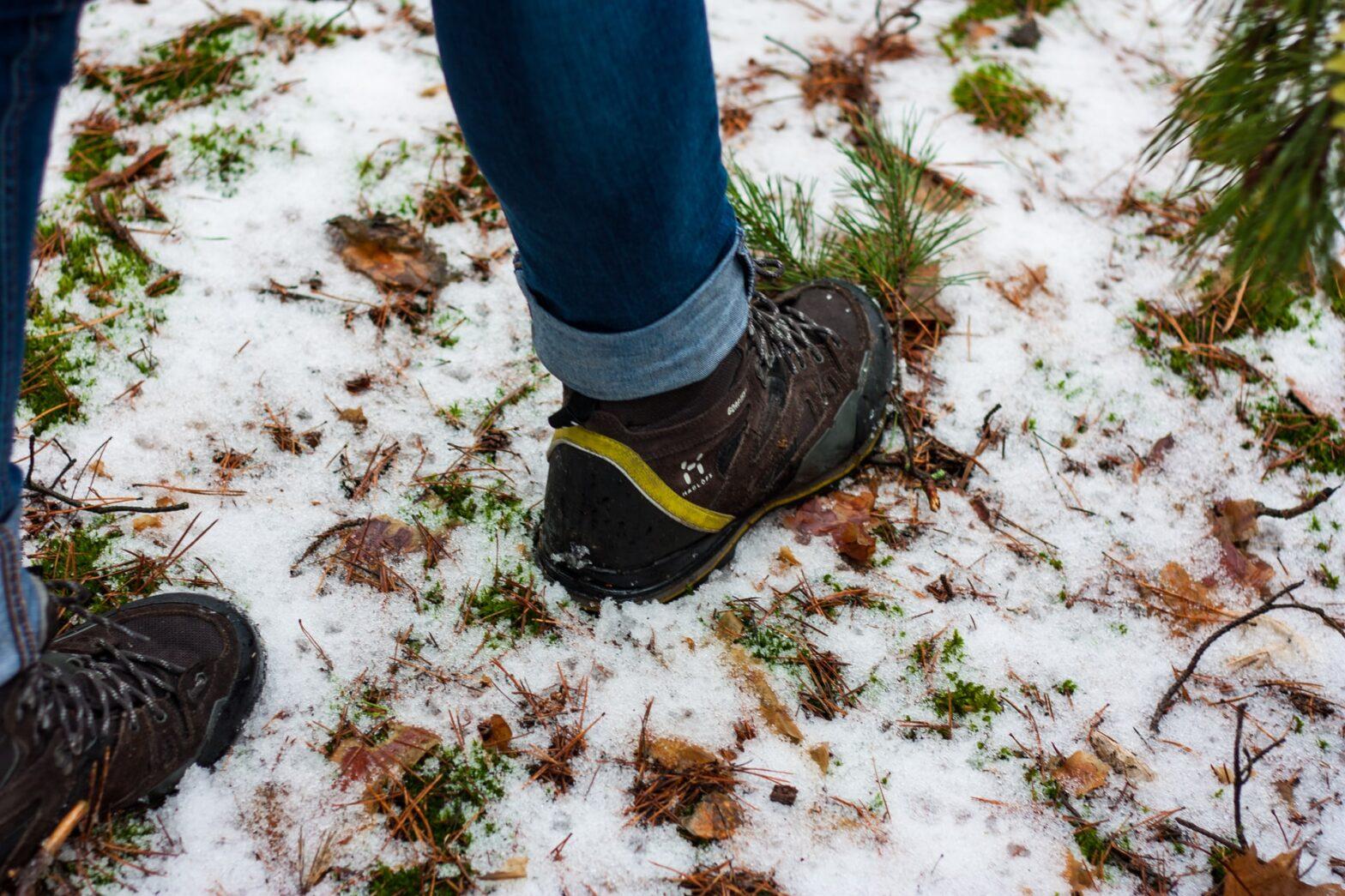 pulire scarpe da trekking