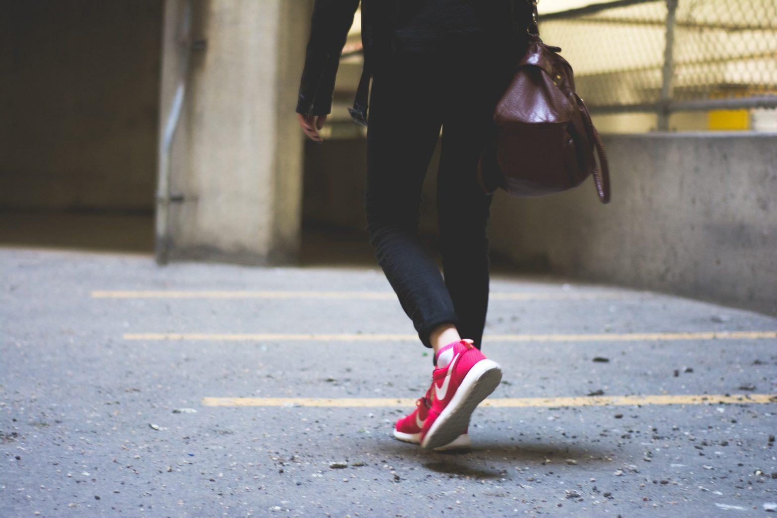 Come abbinare scarpe e borsa